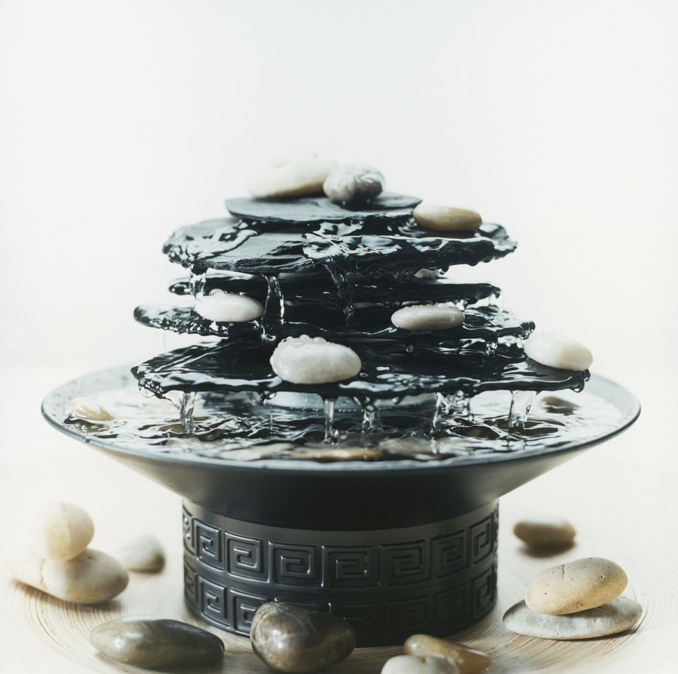 Feng shui water fountain