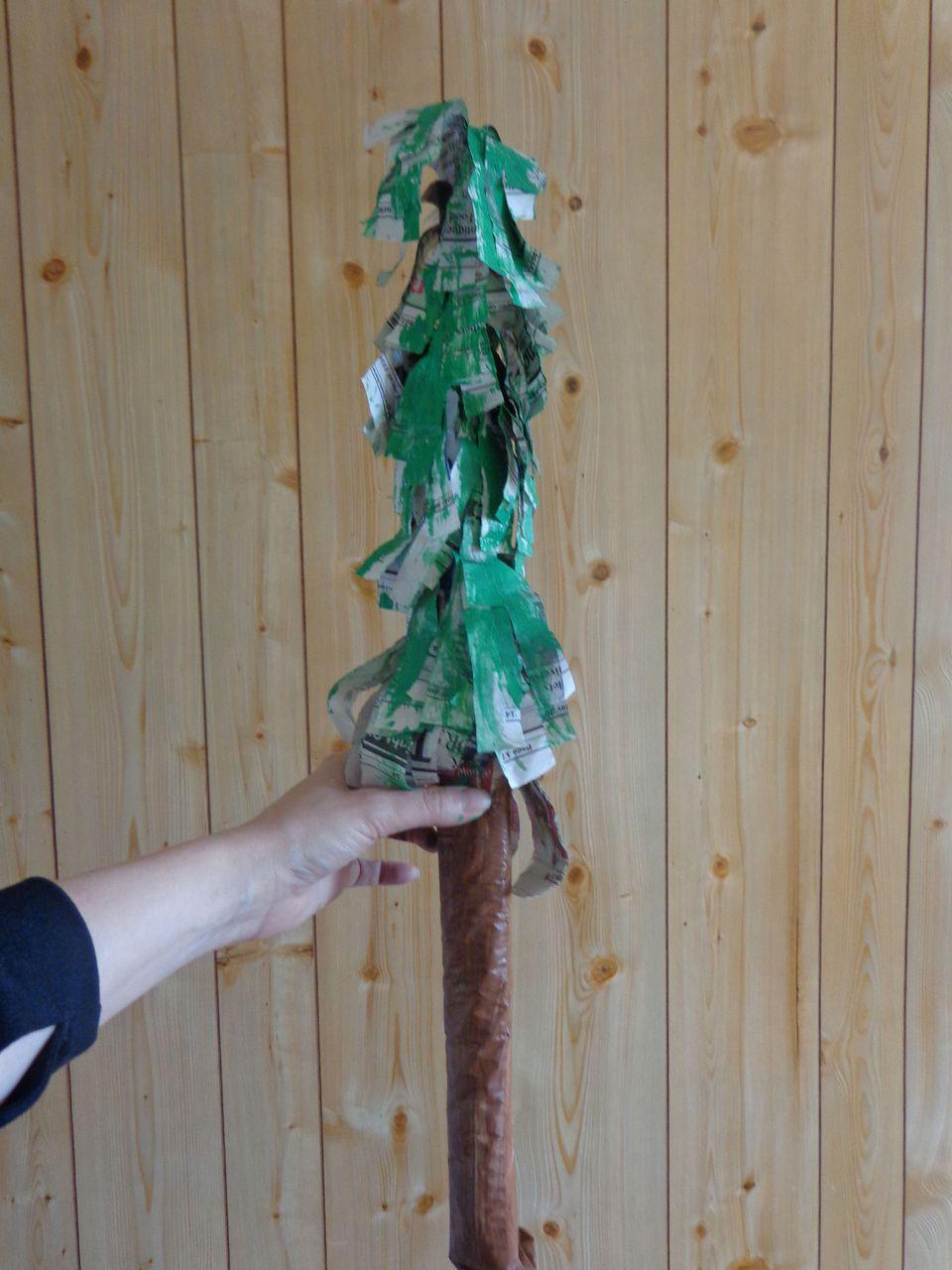 newspaper palm tree