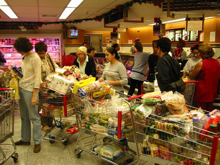 What-Are-Worst-Grocery-Store-Supermarket-Retail-Stores-US-Consumer-Reports-2012 GettyImages-675963