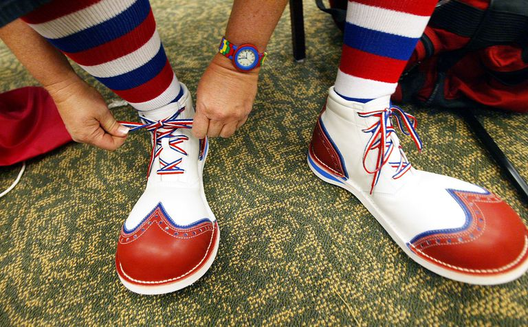 What Are 'Clownshoes' in Online Jargon?