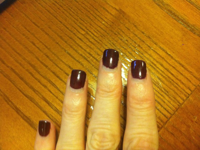 Shellac manicures benefits and drawbacks cnd shellac manicure solutioingenieria Image collections