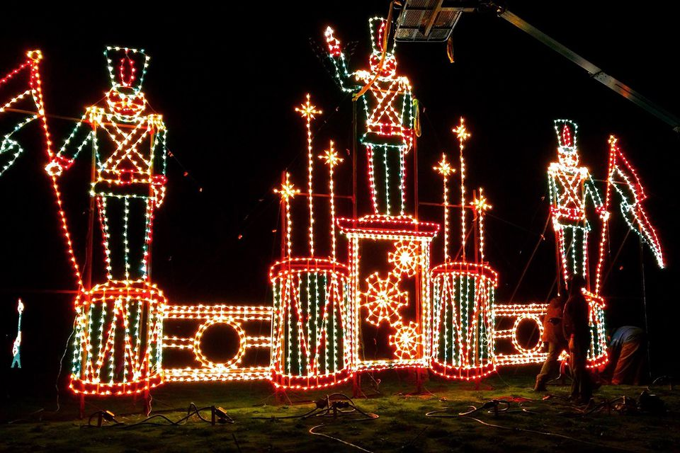 A guide to the best holiday events in portland oregon for Holiday light spectacular atlanta motor speedway