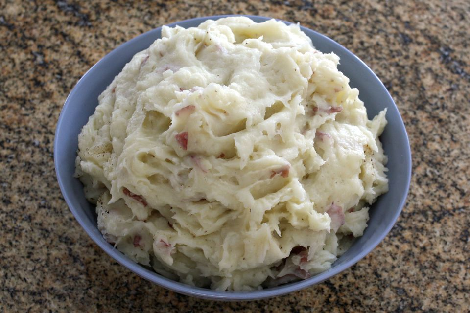 smashed red potatoes with garlic