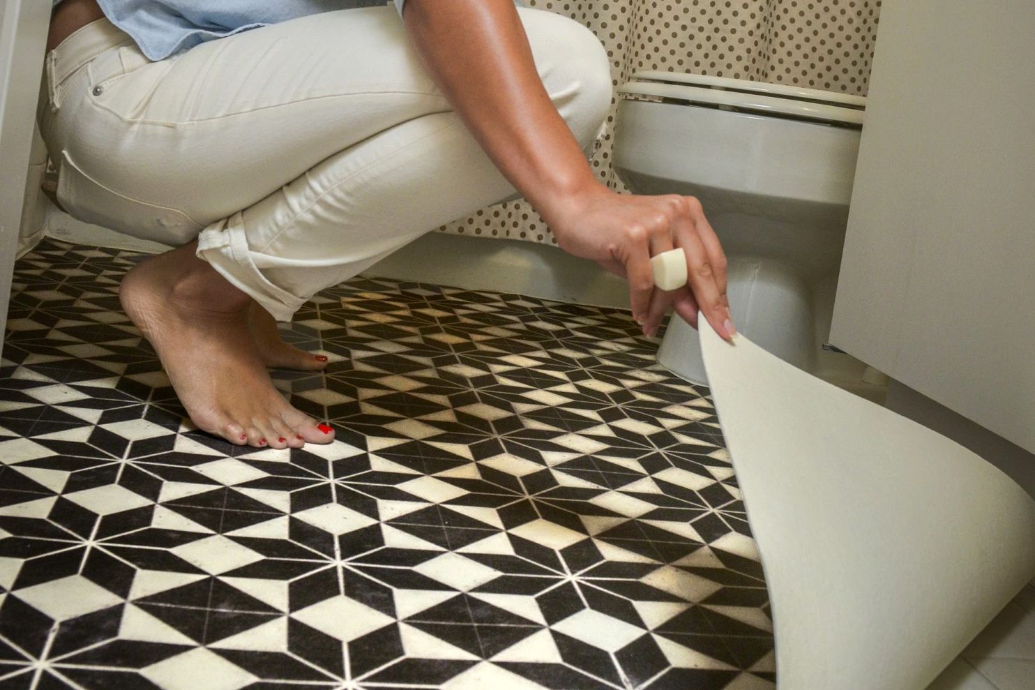 Carpet Floor Mats >> Pros and Cons of Resilient Vinyl Flooring