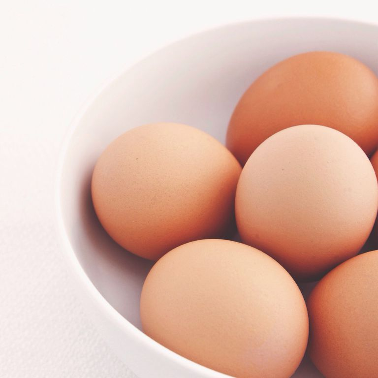 Here are the best protein sources to build your muscles.