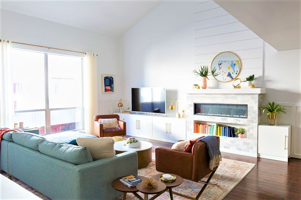 Clean and Organized Living Room Makeover