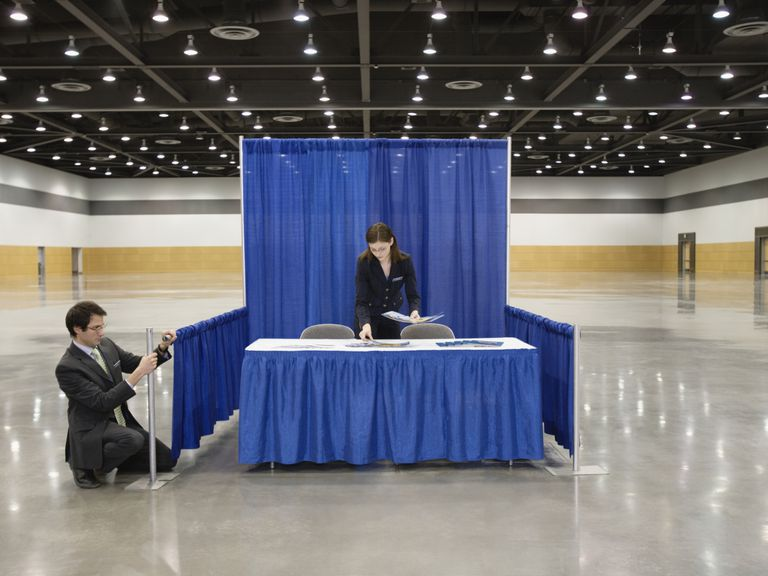 Basic Exhibition Booth : Trade show booth etiquette rules for staff