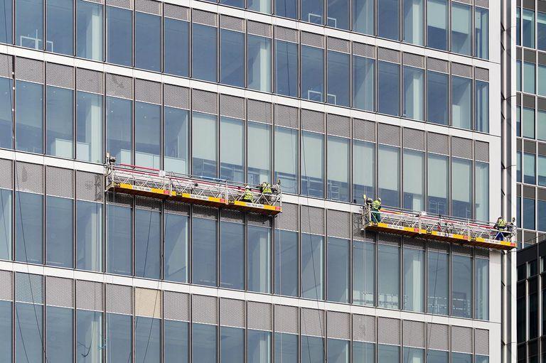 Glaziers or window washers