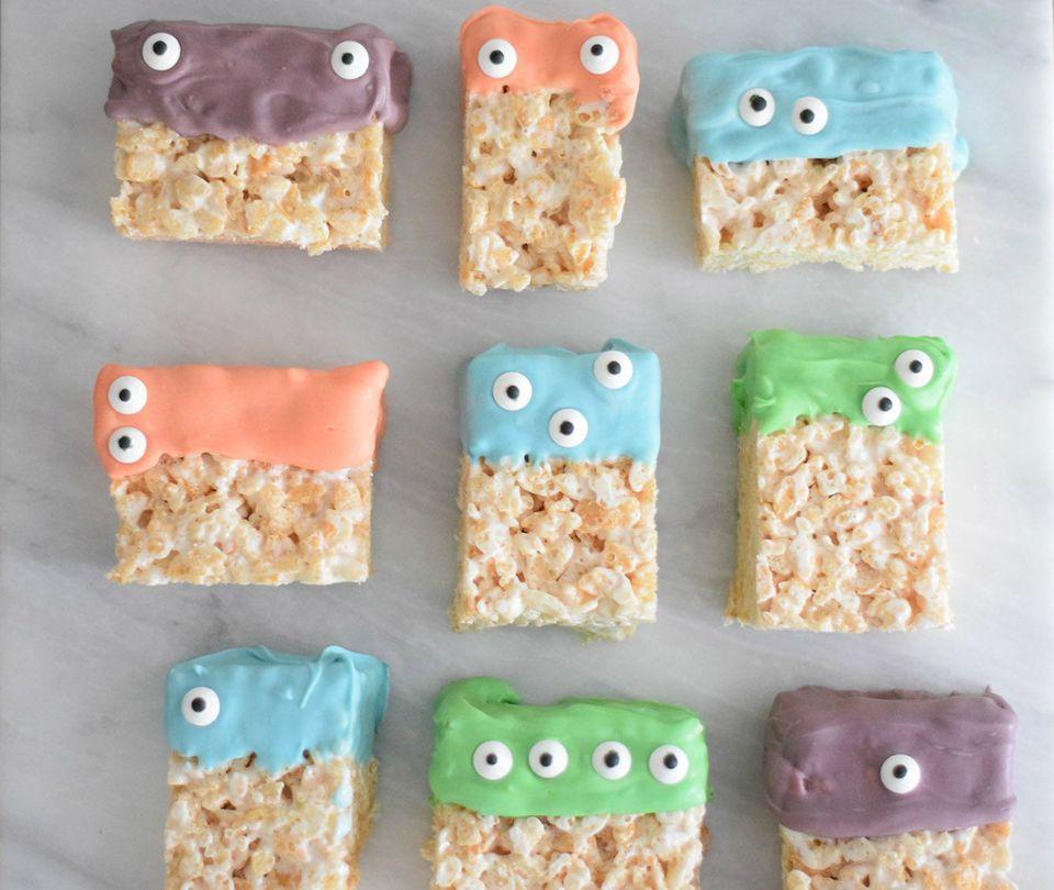 halloween monster face rice krispie treats