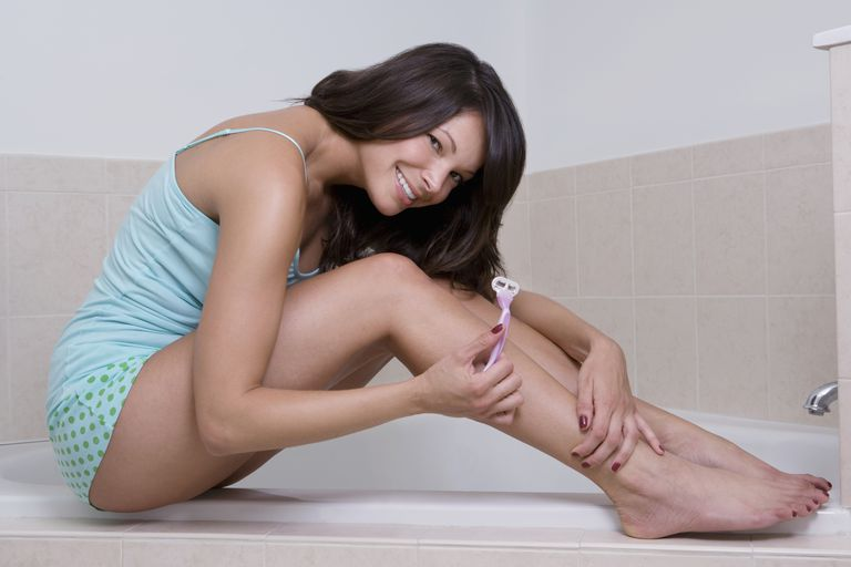 how-to-shave-pubic-hair-women.jpg