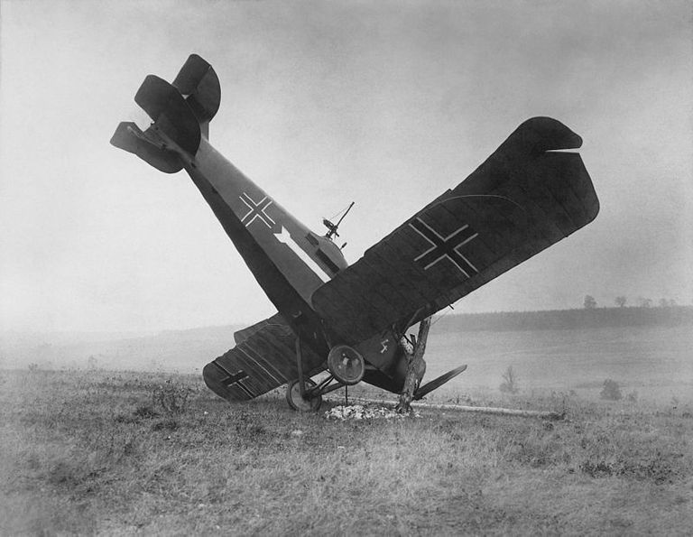 German plane shot down by American forces in 1918