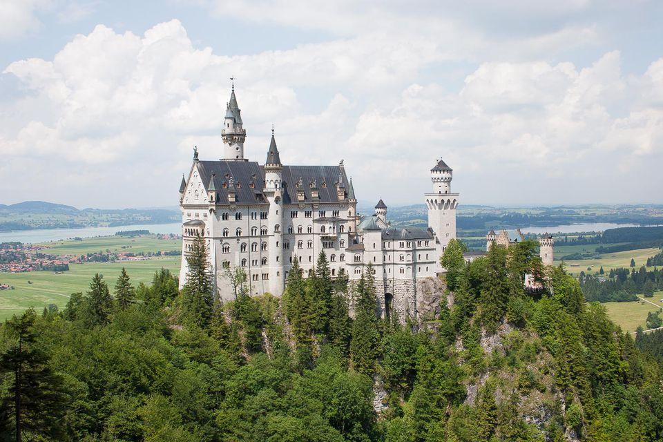 neuschwastein castle picture
