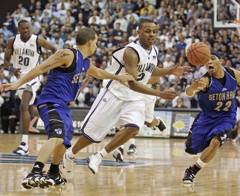 NCAA Men's Basketball - Seton Hall vs Villanova - January 17, 2006