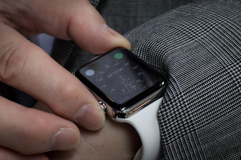 menonton jam tangan epal untuk bangun