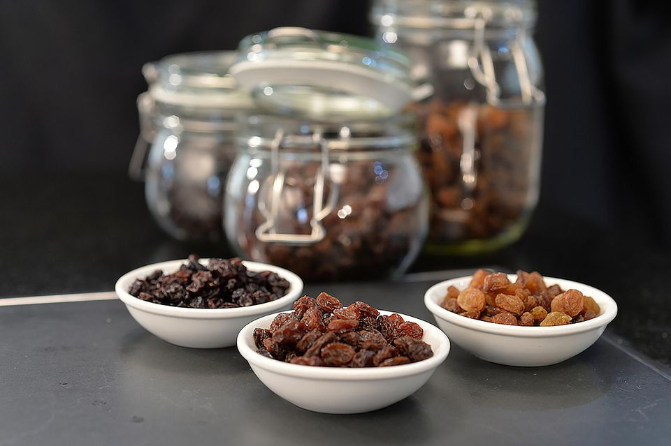 The Difference Between Raisins, Currants and Sultanas