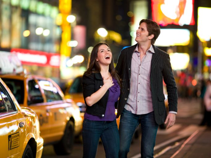 NYC couple on date