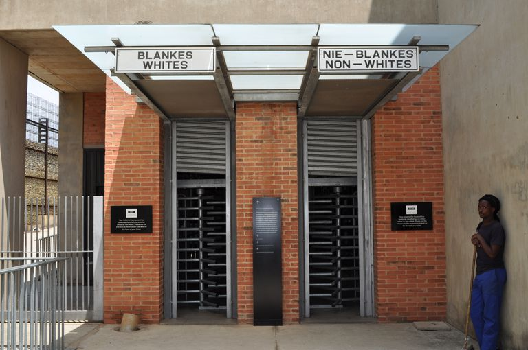 a summary of south african apartheid entrance to apartheid museum