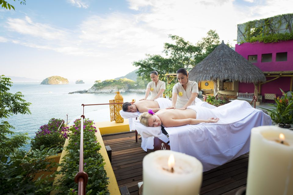 Luxury vacation with massage on ocean front terrace