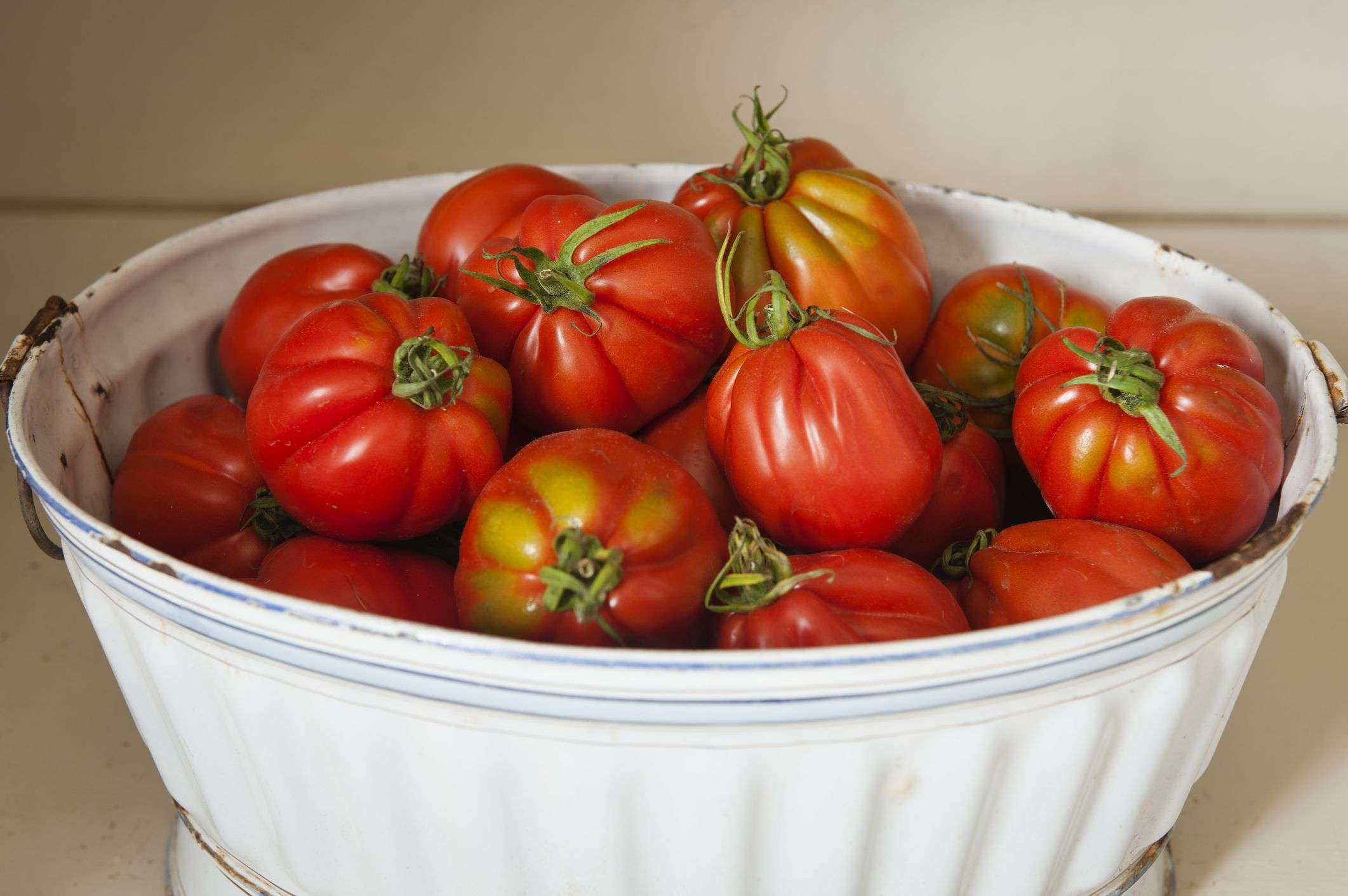 Quick Tips For How To Freeze Tomatoes