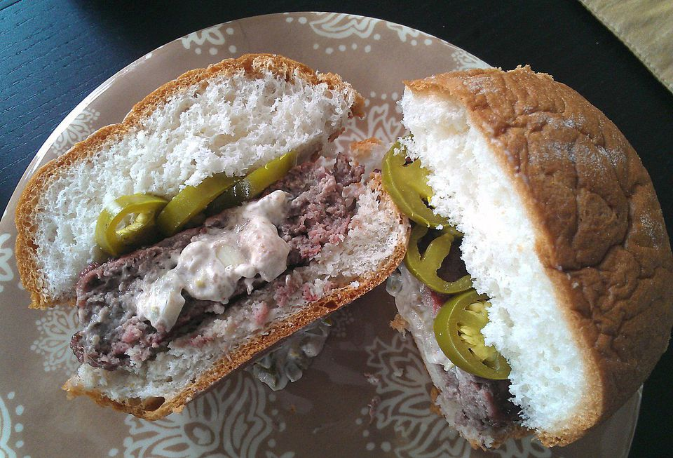Cheese and Jalapeno Stuffed Burgers