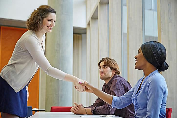 how to stay positive during an interview