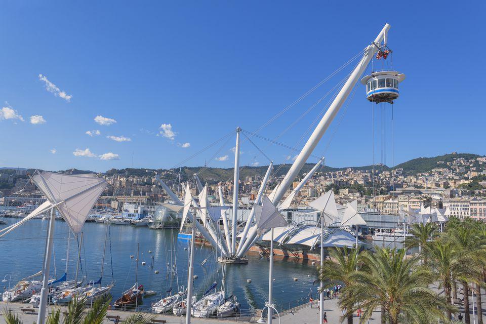 Bigo and Genoa Harbor, Genoa, Liguria, Italy, Europe