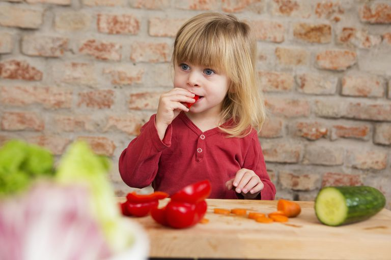 Raw vegetable snacks for kids