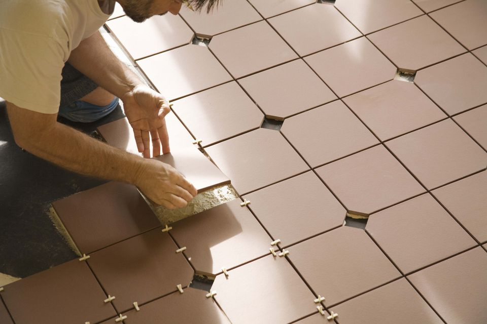 Bathroom vinyl tile vs ceramic tile - How to install ceramic tile on wall ...