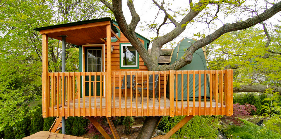 A tree top retreat that cost 8 200 for Small tree house