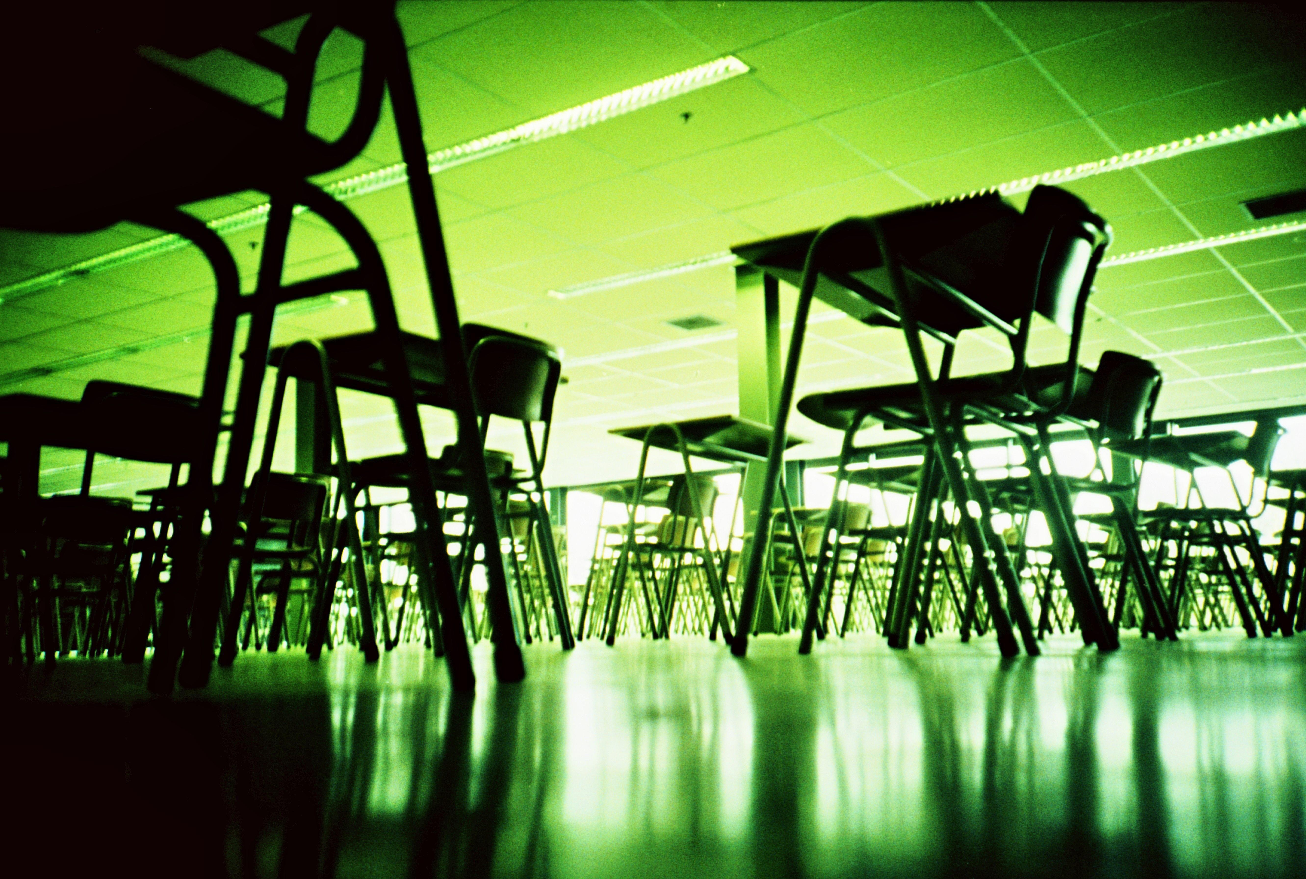 Colette bennett thoughtco benefits and drawbacks of classroom arrangements xflitez Choice Image