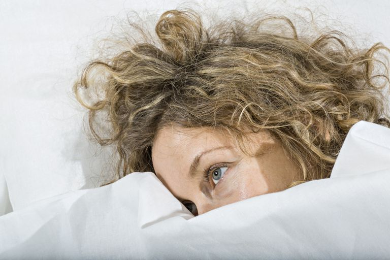 Lying awake in bed at night may worsen insomnia and can be improved with stimulus control
