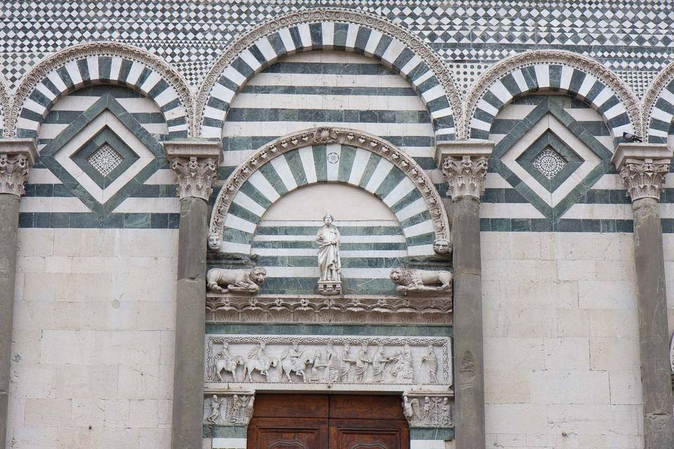 pistoia cathedral picture