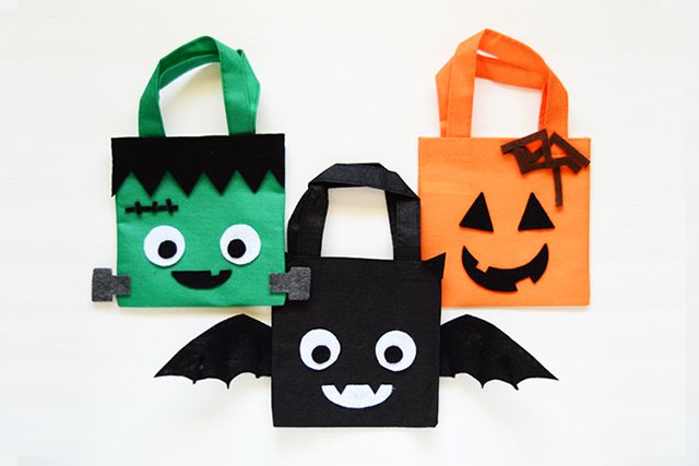 DIY Mini Halloween Treat Bags