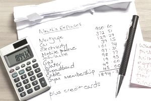List of expenses with calculator