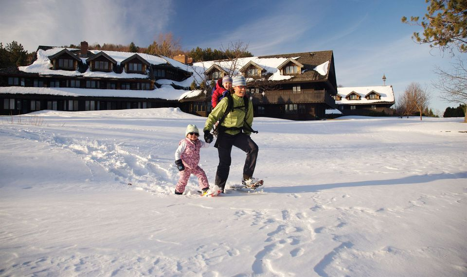 Places To Snowshoe And CrossCountry Ski In Vermont - The top 10 destinations for your snowboarding vacation