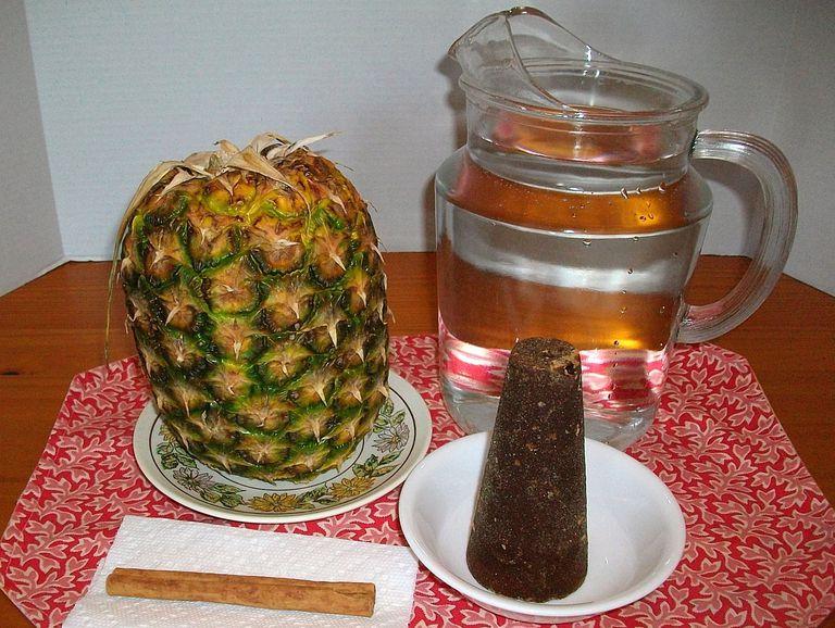 Los ingredientes para elaborar el tepache