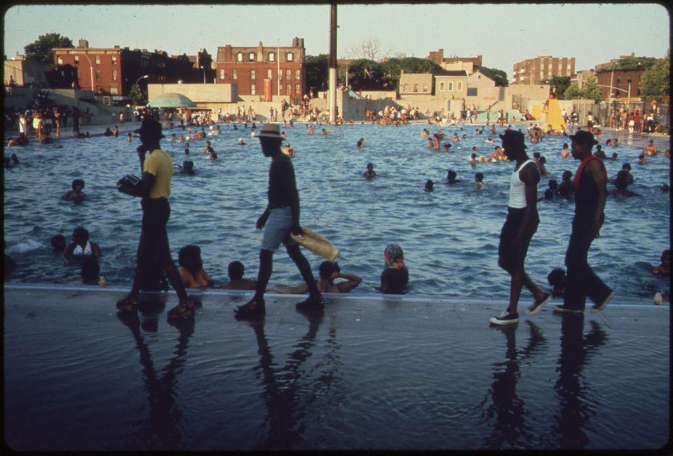 A historic photo of Kościuszko pool.