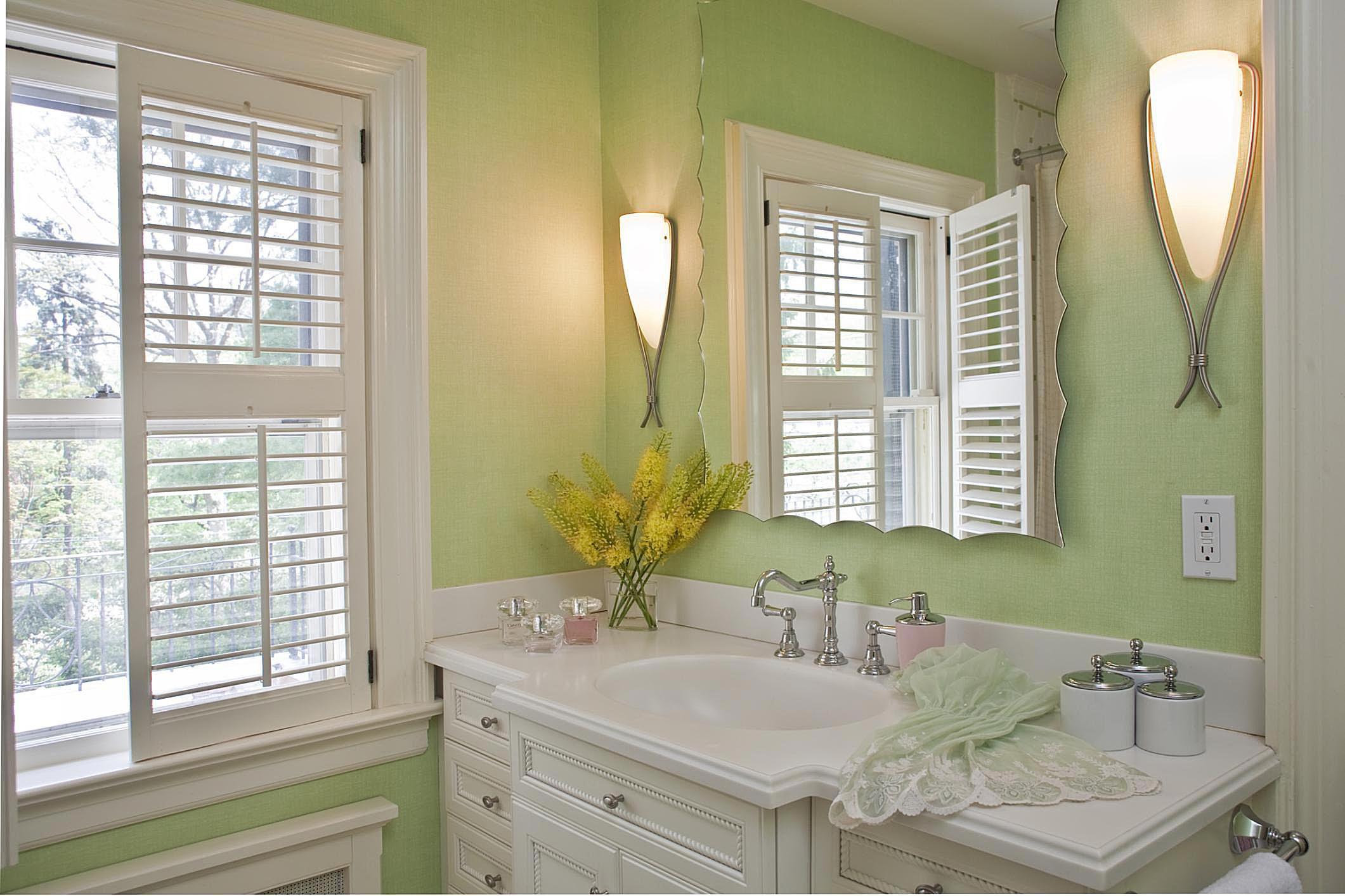 Small bathroom photos ideas for Windowless bathroom design ideas
