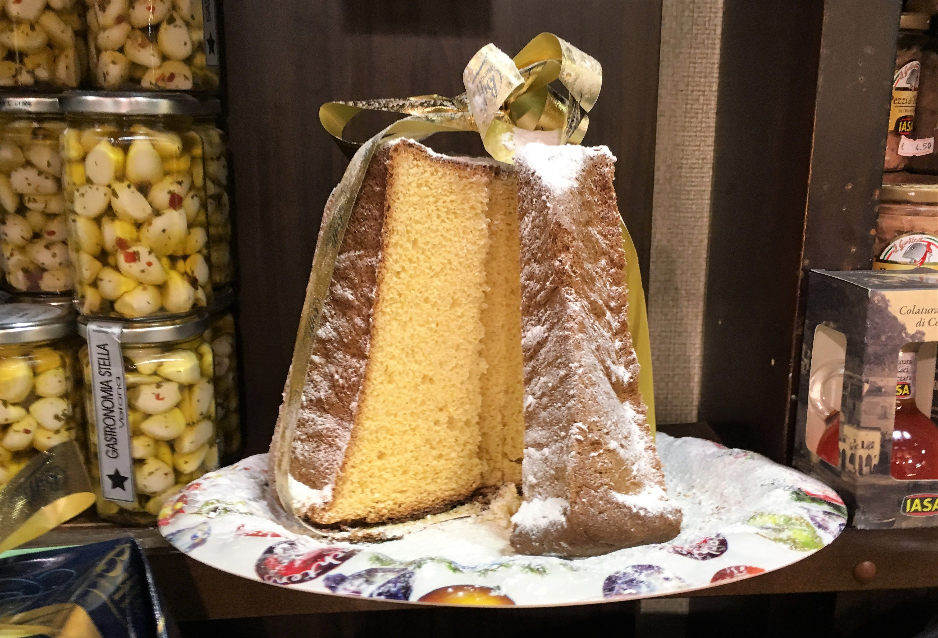 Pandoro Classic Christmas Cake From Verona