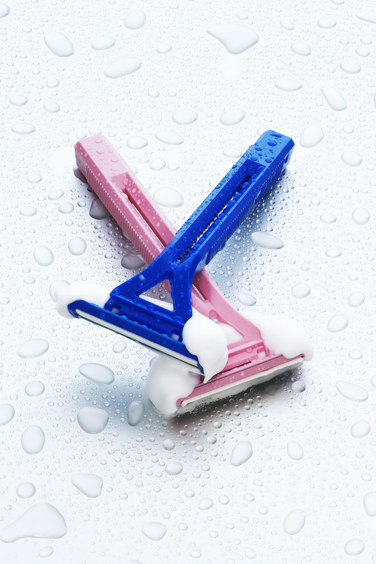 Pink female razor and blue male razor