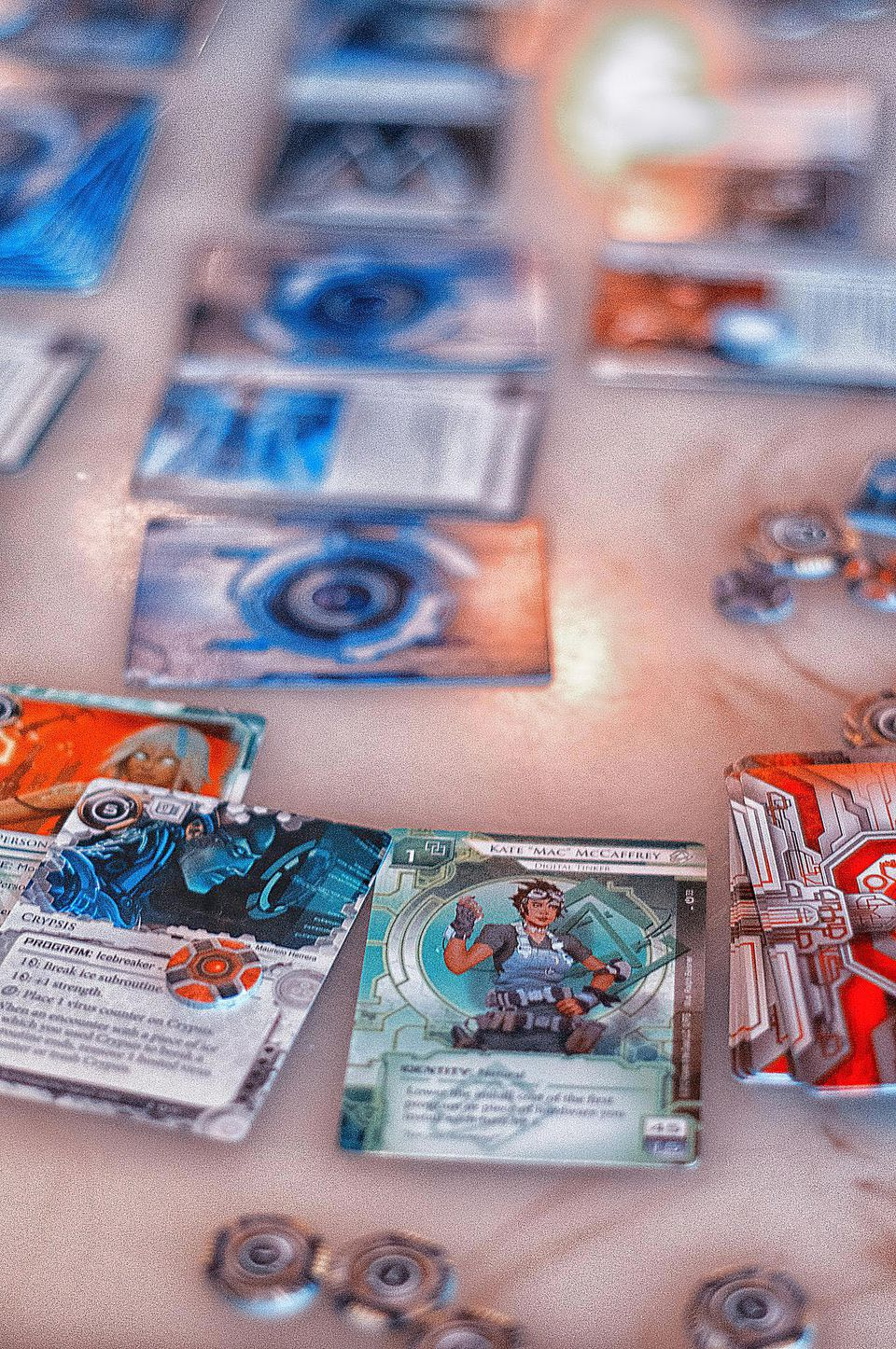 Playing Netrunner