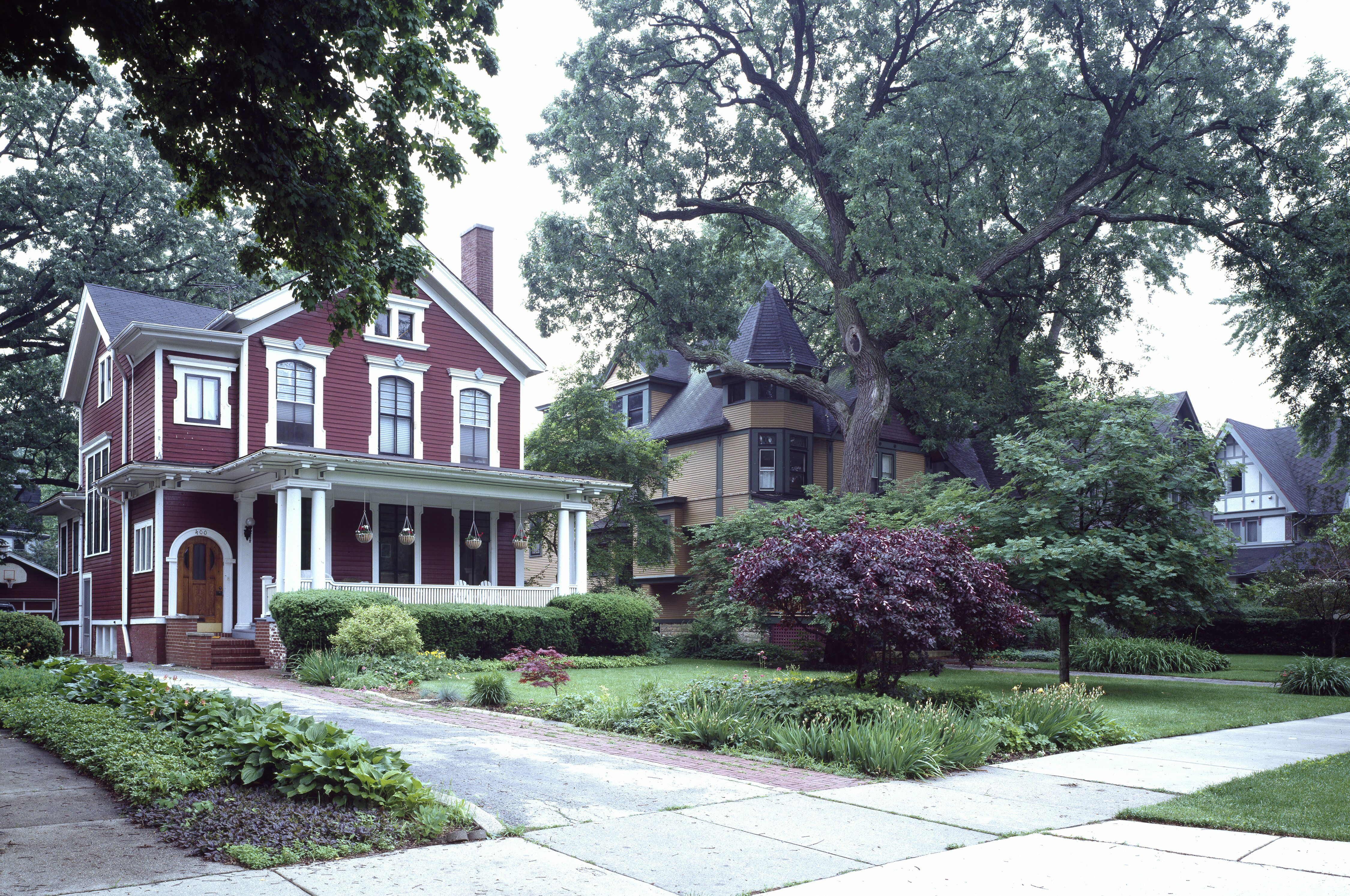 Architectural styles american homes from 1600 to today for American house builders