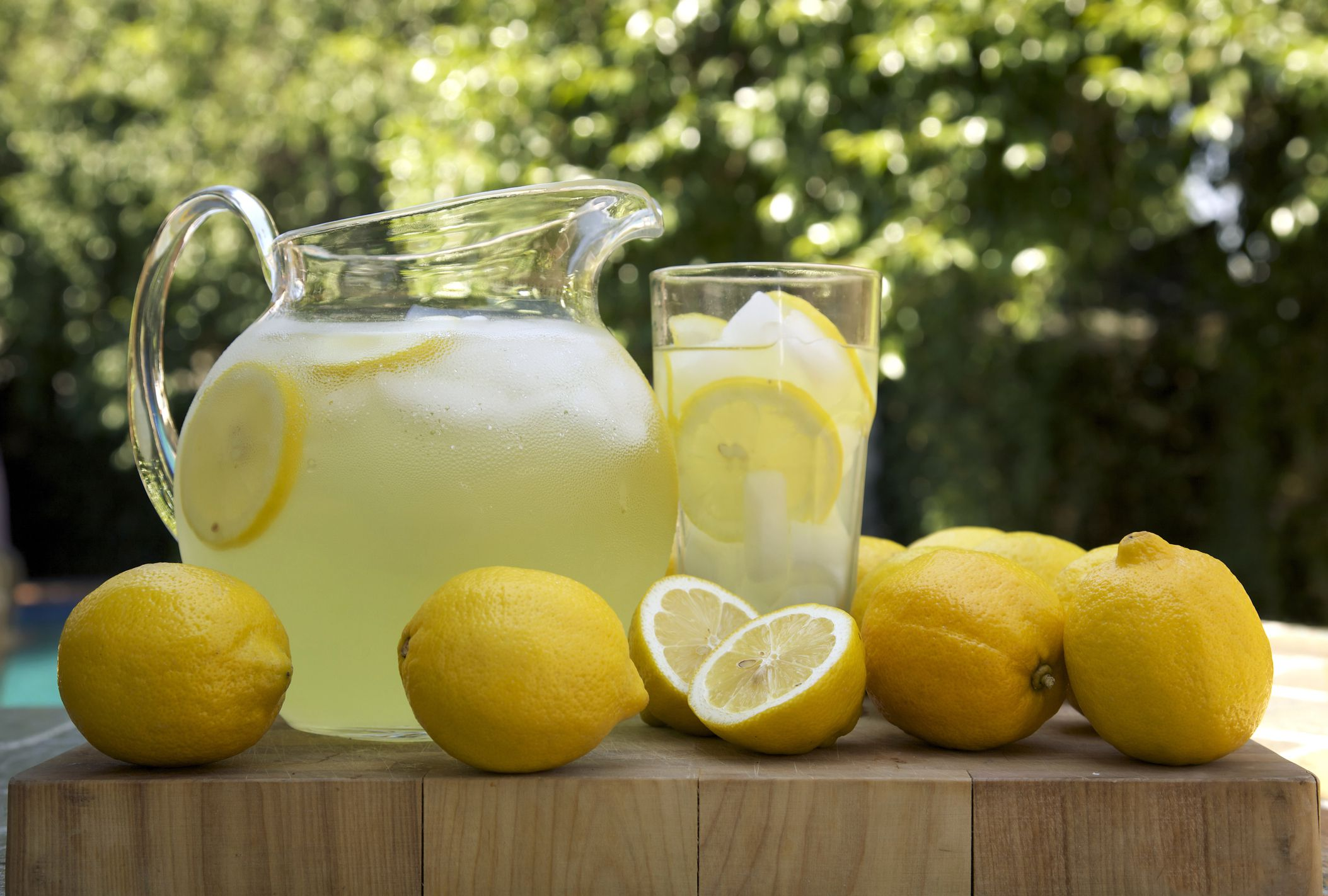 Homemade Lemonade Recipe with Variations