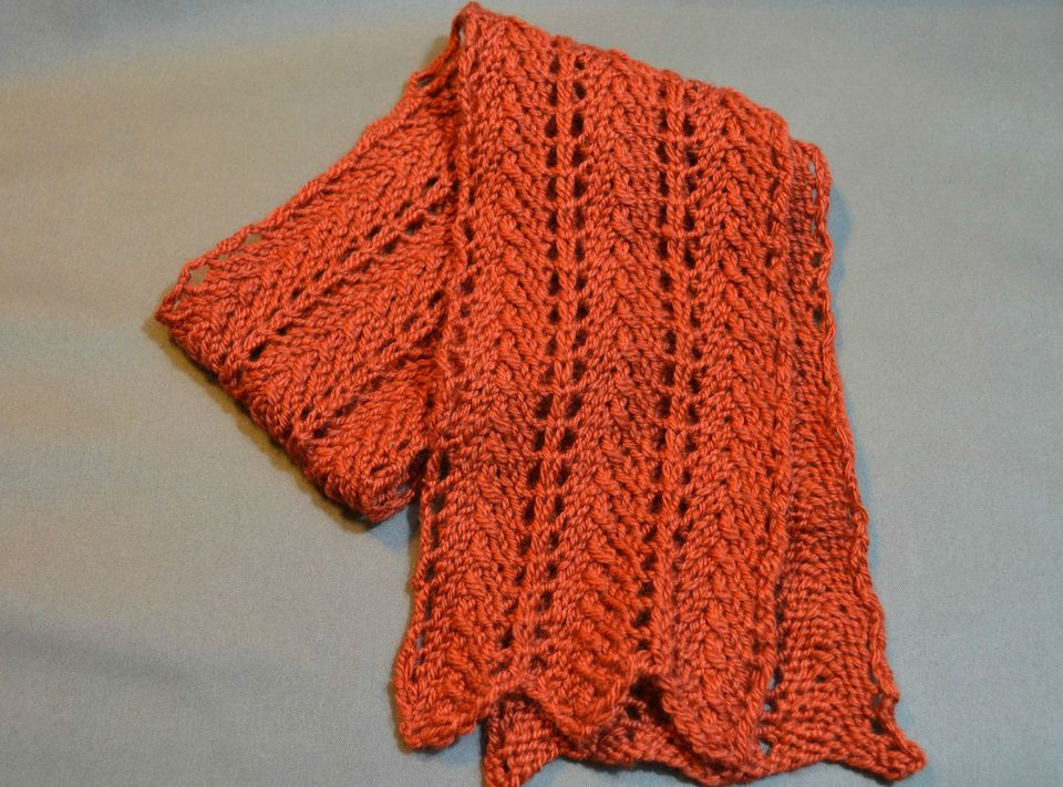 This Razor Shell Scarf is the perfect way to use a small amount of a luxury yarn.