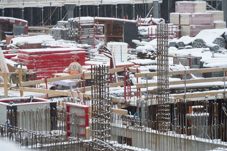 Learn how to pour concrete in cold weather for Best temperature to pour concrete