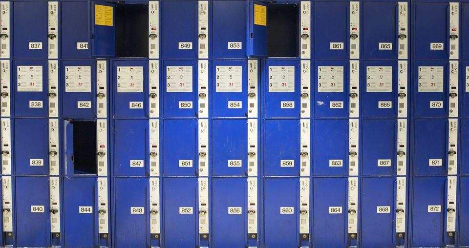 Left luggage lockers