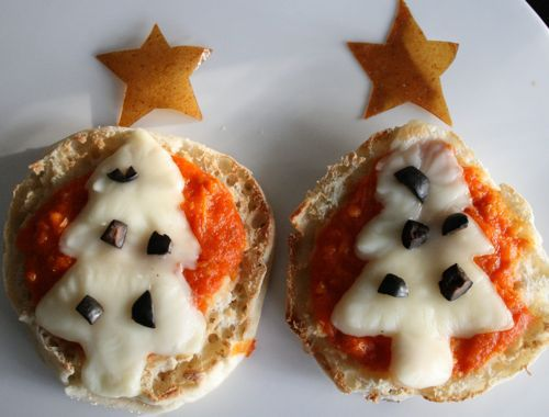 Christmas Recipes, kids, children, holidays, healthy, savory, pizza, cookie cutters, Christmas tree,