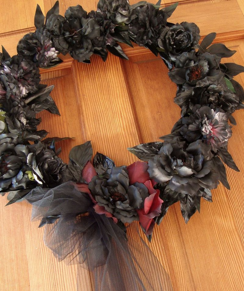 DIY Funeral Black Rose Wreath