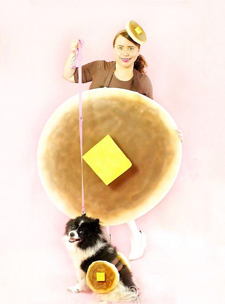 DIY Pancake Costume For Dogs