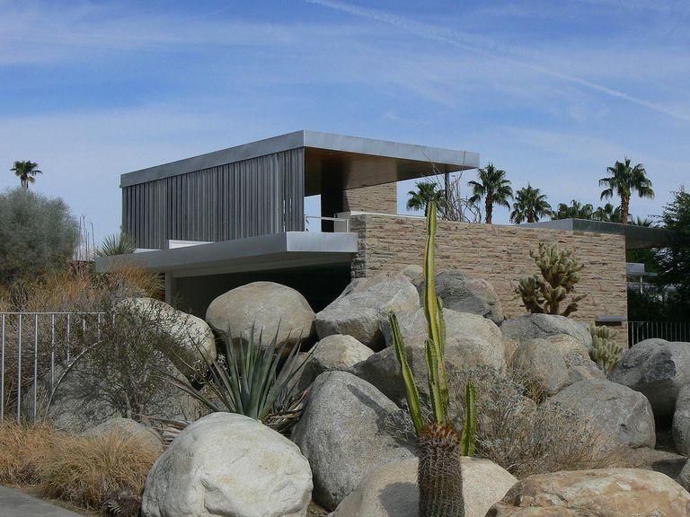 Kaufmann House in Palm Springs, California